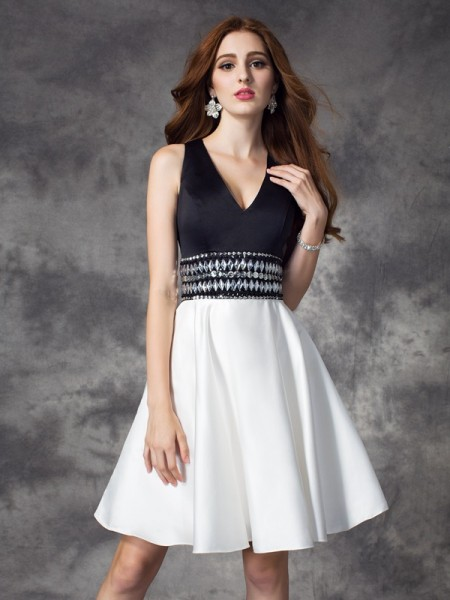 A-Line/Princess Satin Rhinestone V-neck Sleeveless Short/Mini Dresses