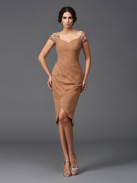 Sheath/Column Chiffon Sweetheart Short Sleeves Asymmetrical Applique Dresses