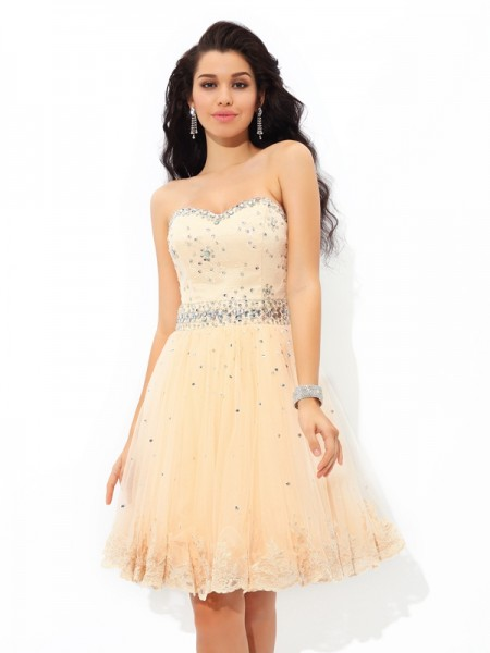 A-Line/Princess Sweetheart Satin Beading Sleeveless Short/Mini Dresses