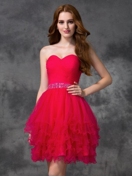 A-Line/Princess Satin Sweetheart Short/Mini Beading Sleeveless Dresses
