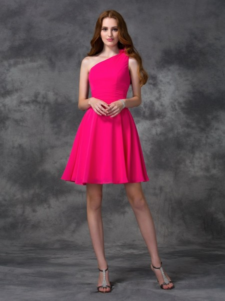 A-Line/Princess Chiffon One-Shoulder Sleeveless Short/Mini Hand-Made Flower Dresses