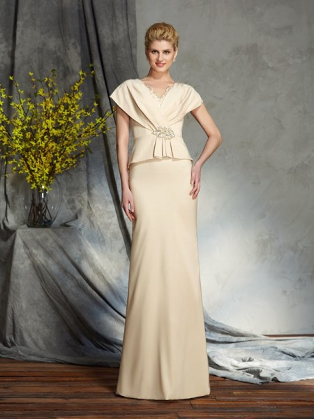 Sheath/Column Silk like Satin Beading V-neck Short Sleeves Floor-Length Mother of the Bride Dresses