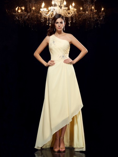 A-Line/Princess One-Shoulder Chiffon Beading Sleeveless Asymmetrical Dresses