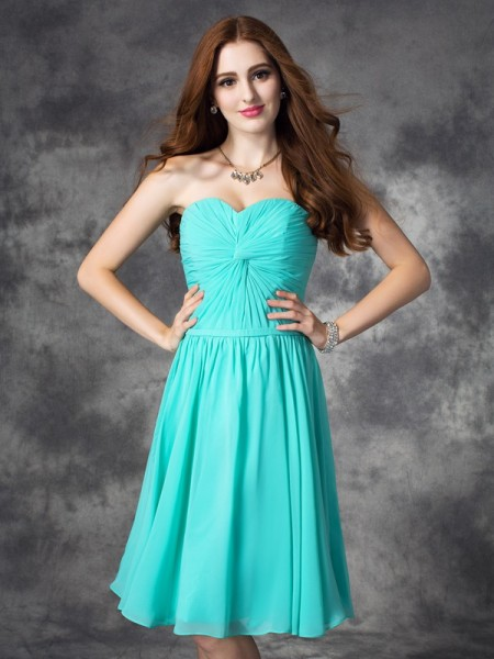 A-Line/Princess Sleeveless Ruffles Chiffon Knee-Length Dresses
