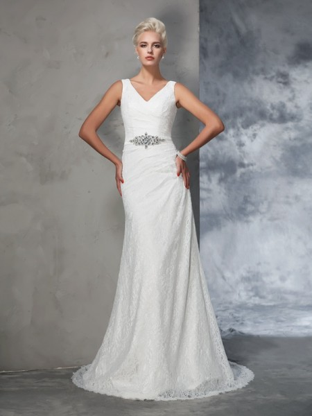 Trumpet/Mermaid Lace Court Train Sleeveless Lace Wedding Dresses