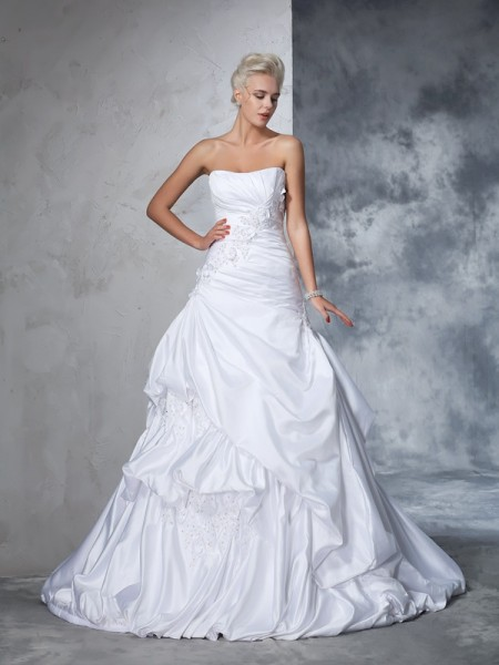 Ball Gown Satin Sleeveless Applique Chapel Train Wedding Dresses