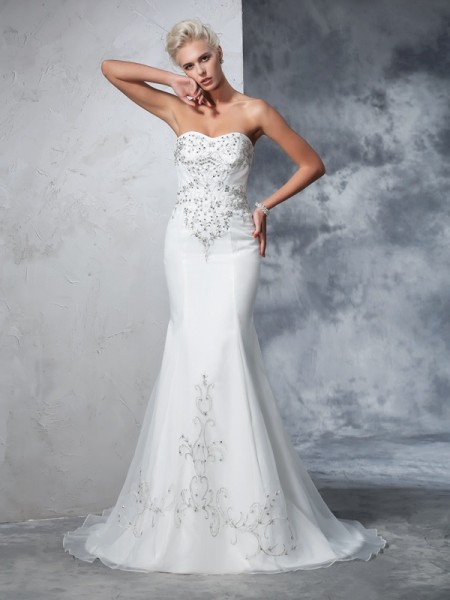 Trumpet/Mermaid Satin Sleeveless Beading Court Train Wedding Dresses