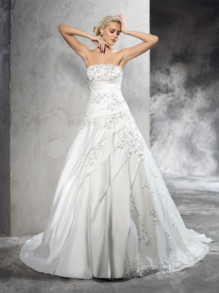 Ball Gown Satin Beading Sleeveless Court Train Wedding Dresses