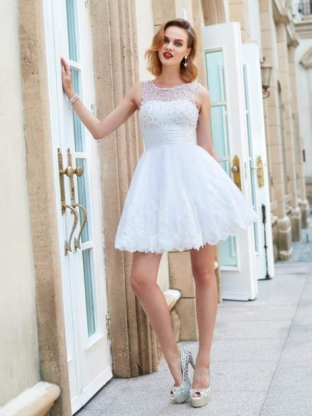 A-Line/Princess Lace Pearls Short/Mini Sleeveless Dresses