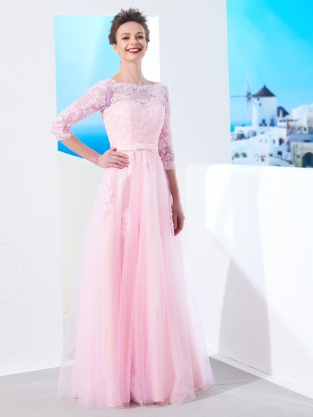 A-Line/Princess Tulle Applique 1/2 Sleeves Floor-Length Dresses