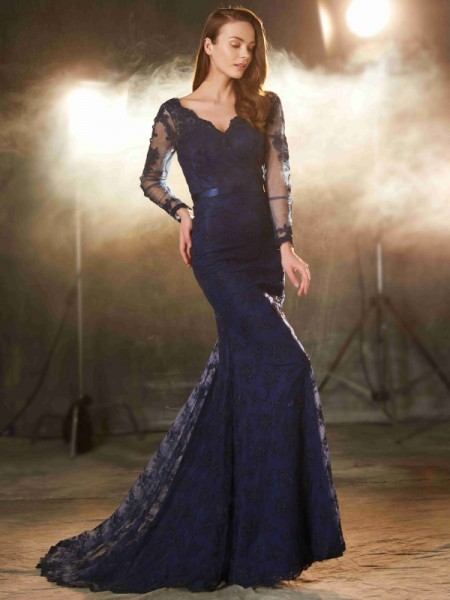 Trumpet/Mermaid Lace Applique Sleeveless Sweep/Brush Train Dresses