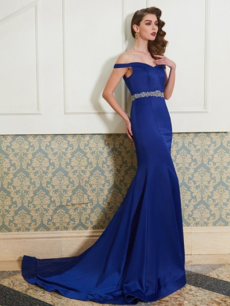 Trumpet/Mermaid Crystal Sleeveless Sweep/Brush Train Satin Dresses