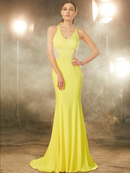 Trumpet/Mermaid Spandex Sleeveless Beading Sweep/Brush Train Dresses