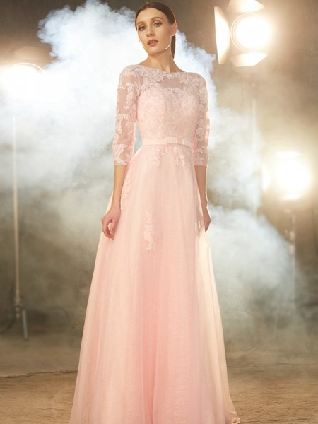 A-Line/Princess Tulle 1/2 Sleeves Floor-Length Applique Dresses