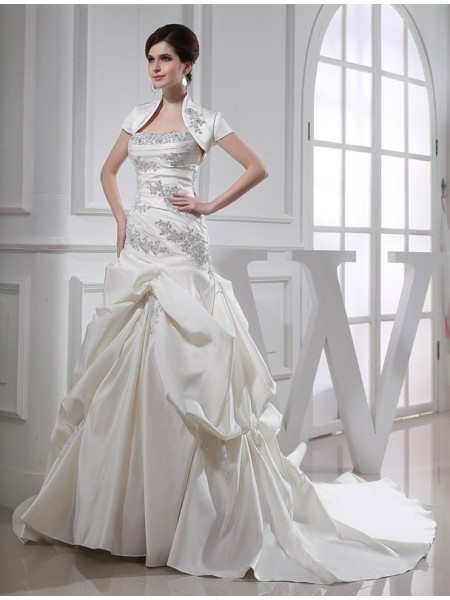 Trumpet/Mermaid Satin Beading Chapel Train Sleeveless Wedding Dresses