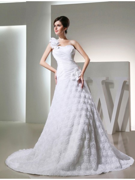 A-Line/Princess Taffeta Hand-Made Flower Cathedral Train Sleeveless Wedding Dresses