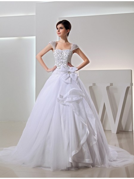 Ball Gown Organza Sleeveless Chapel Train Beading Wedding Dresses