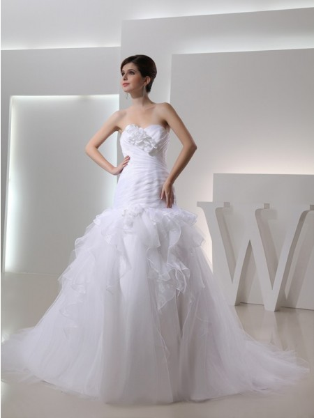 Trumpet/Mermaid Organza Sleeveless Hand-Made Flower Chapel Train Wedding Dresses