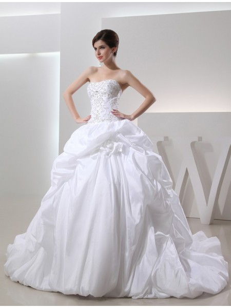 Ball Gown Taffeta Sleeveless Cathedral Train Beading Wedding Dresses