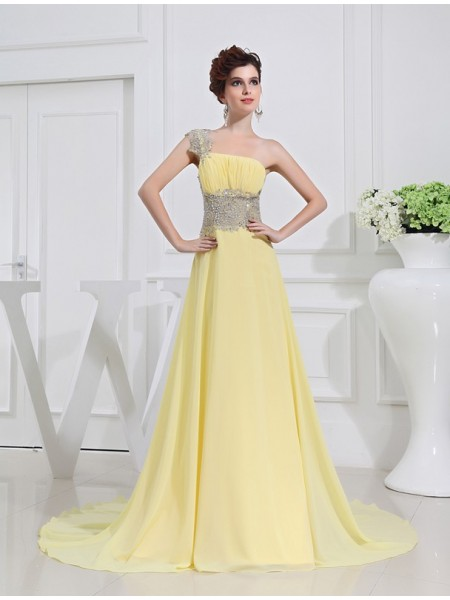 A-Line/Princess Chiffon Sleeveless Beading Sweep/Brush Train Dresses