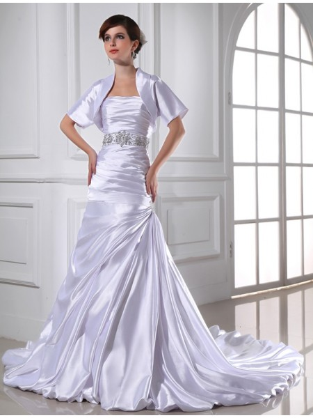 Trumpet/Mermaid Elastic Woven Satin Beading Sleeveless Chapel Train Wedding Dresses