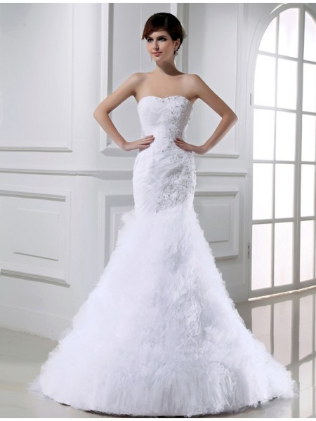 Trumpet/Mermaid Tulle Beading Sleeveless Court Train Wedding Dresses