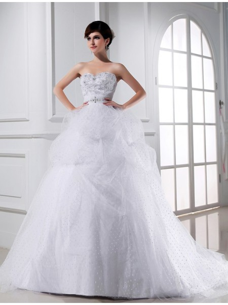 Ball Gown Satin Beading Sleeveless Chapel Train Wedding Dresses