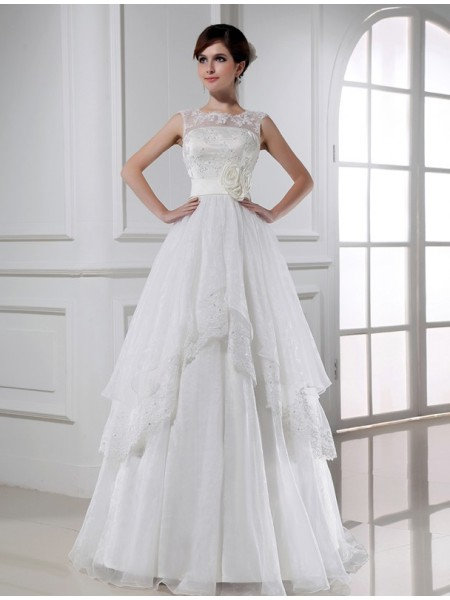 A-Line/Princess Lace Floor-Length Beading Sleeveless Wedding Dresses