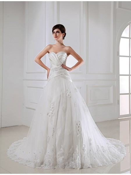 A-Line/Princess Satin Beading Sleeveless Chapel Train Wedding Dresses
