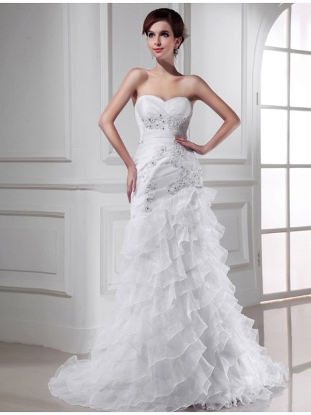 Trumpet/Mermaid Organza Sleeveless Beading Chapel Train Wedding Dresses