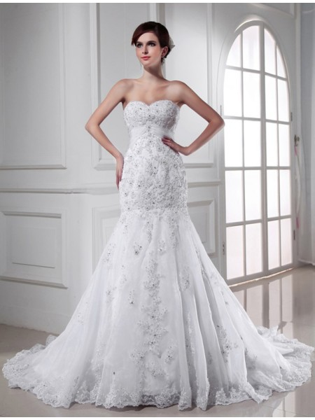 Trumpet/Mermaid Organza Sleeveless Chapel Train Beading Wedding Dresses