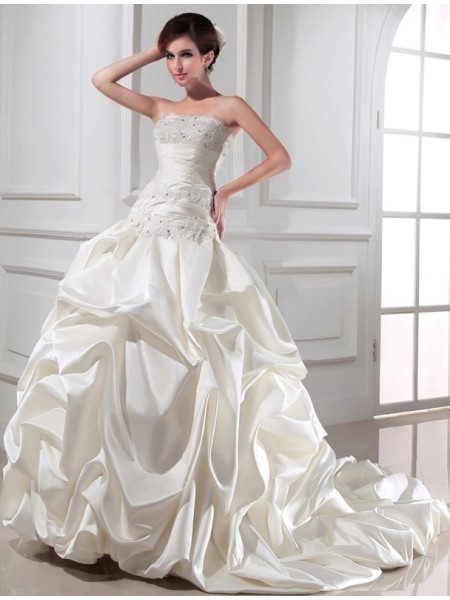 Ball Gown Satin Sleeveless Beading Chapel Train Wedding Dresses