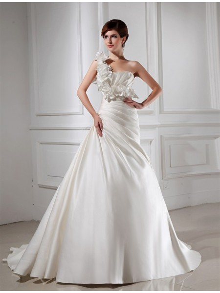 A-Line/Princess Satin Sleeveless Hand-Made Flower Chapel Train Wedding Dresses