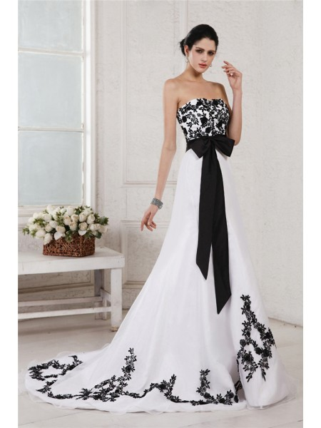 A-Line/Princess Satin Sleeveless Embroidery Court Train Wedding Dresses