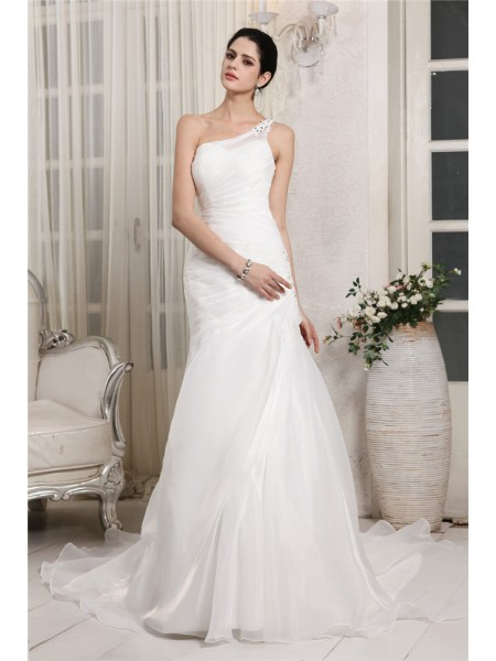 Trumpet/Mermaid Organza Beading Chapel Train Sleeveless Wedding Dresses