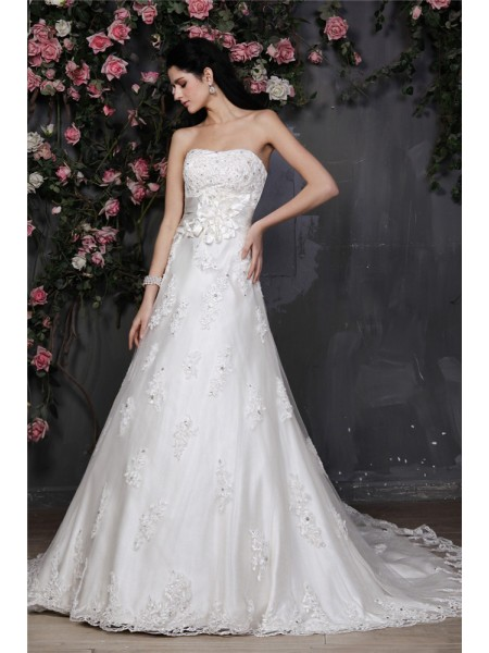 A-Line/Princess Net Beading Sleeveless Chapel Train Wedding Dresses