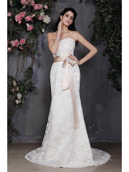 Sheath/Column Lace Sash/Ribbon/Belt Sleeveless Court Train Wedding Dresses