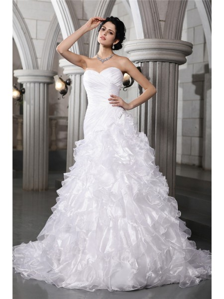 A-Line/Princess Organza Sleeveless Beading Chapel Train Wedding Dresses