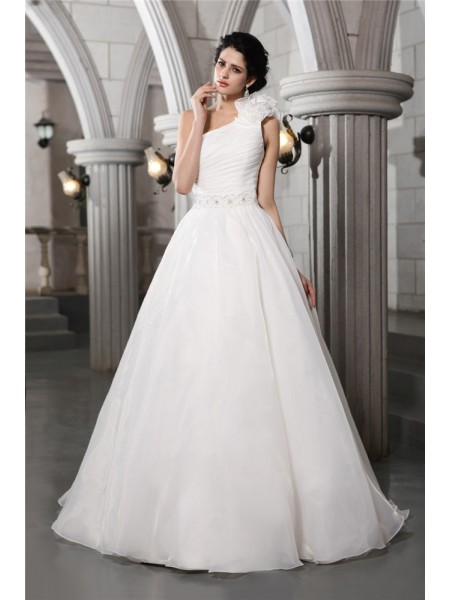 A-Line/Princess Organza Beading Chapel Train Sleeveless Wedding Dresses