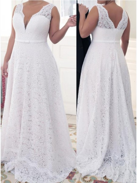 A-Line/Princess V-neck Sleeveless Lace Sweep/Brush Train Plus Size Dresses