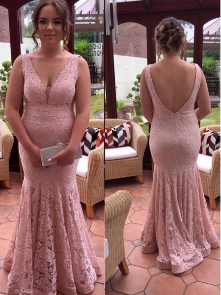 Trumpet/Mermaid V-neck Lace Sleeveless Beading Floor-Length Plus Size Dresses