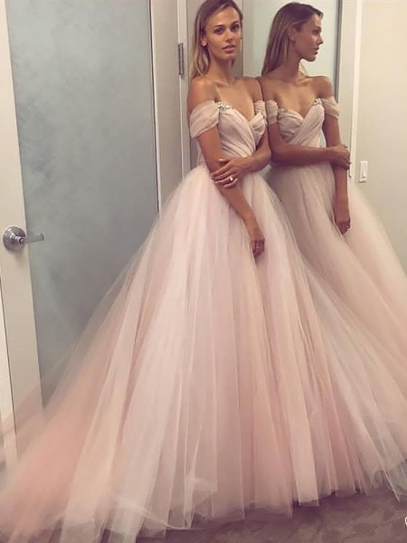 A-Line/Princess Off-the-Shoulder Tulle Sleeveless Beading Sweep train Dresses
