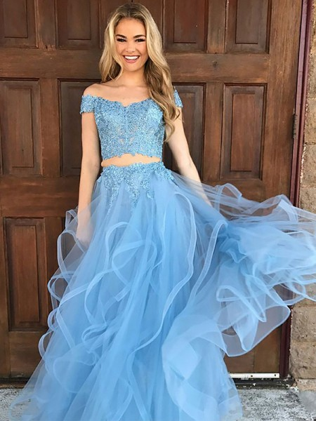 A-Line/Princess Sleeveless Applique Floor-Length Two Piece Off-the-Shoulder Tulle Dresses