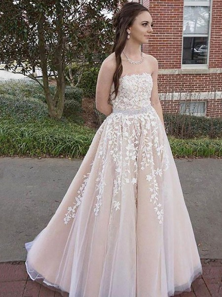 A-Line/Princess Strapless Applique Tulle Sleeveless Floor-Length Dresses