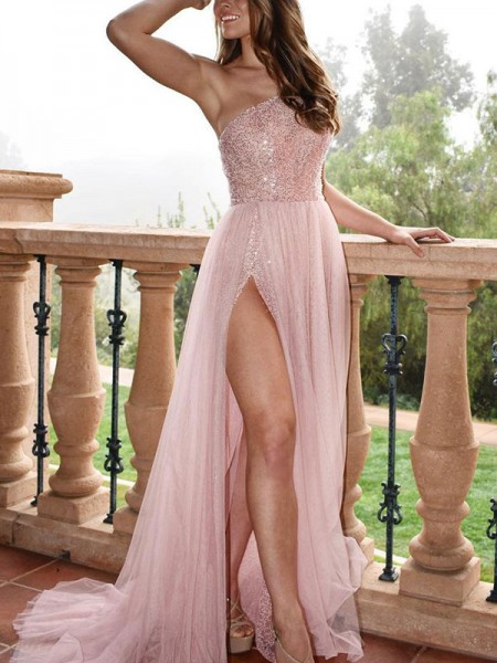 A-Line/Princess Sleeveless One-Shoulder Sweep/Brush Train Beading Tulle Dresses