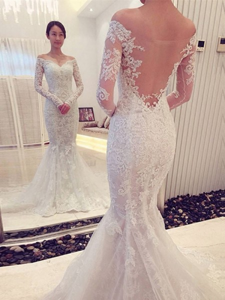 Trumpet/Mermaid Lace Long Sleeves Chapel Train Wedding Dresses