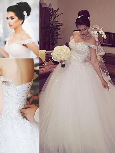 Ball Gown Tulle Sleeveless Lace Court Train Wedding Dresses