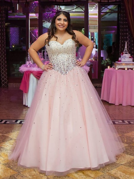 Ball Gown Tulle Beading Floor-Length Sleeveless Plus Size Dresses