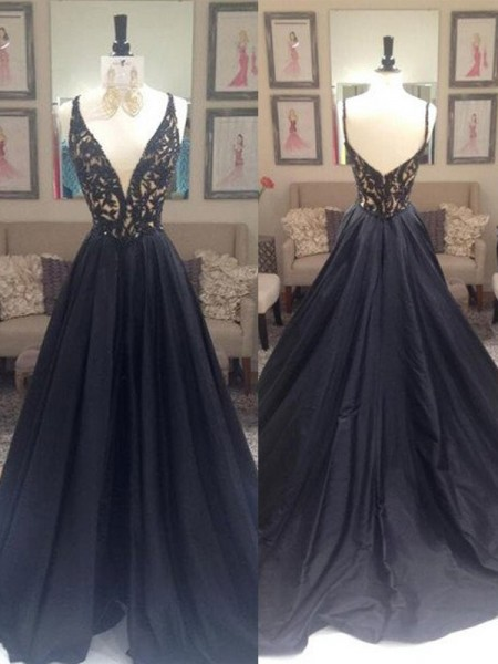 A-Line/Princess Taffeta Sleeveless Beading Sweep/Brush Train Dresses
