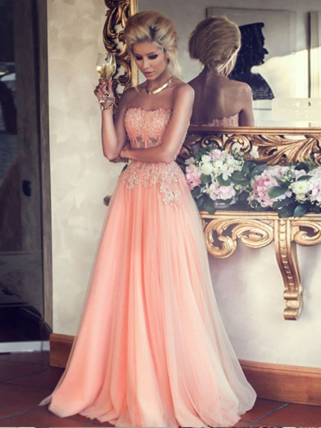 A-Line/Princess Chiffon Sleeveless Applique Floor-Length Dresses